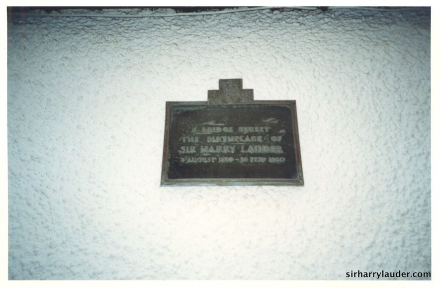 Photo Of Plaque On Lauder Birthplace Bridge Street Portobello