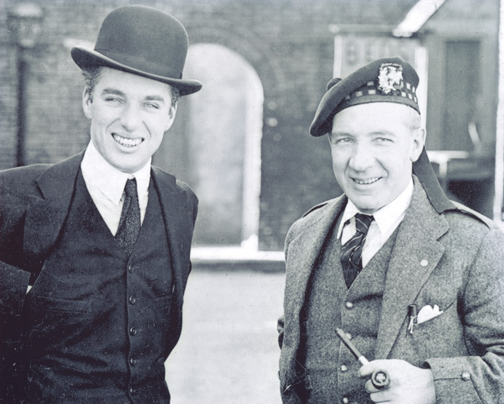 Photo Sir Harry And Chas Chaplin On Set Of The Kid -1919