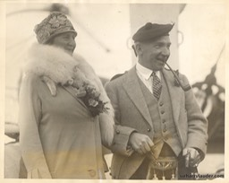 Sir Harry & Lady Lauder Acquitania -4 Oct 1926
